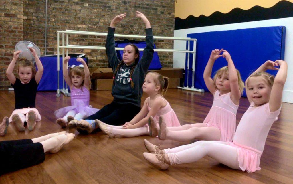 Love Dance  Street Ballet Tap Boys Girls Black T-Shirt Birthday Gift Age 5-15